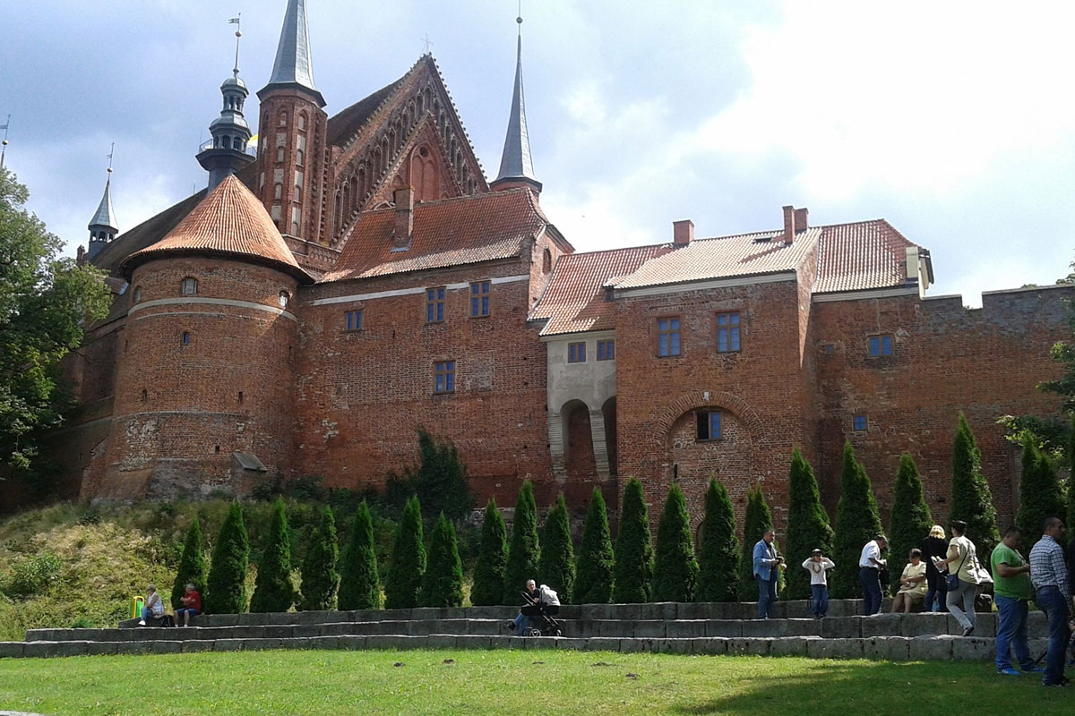 Private trip from Gdansk to Frombrok Castle