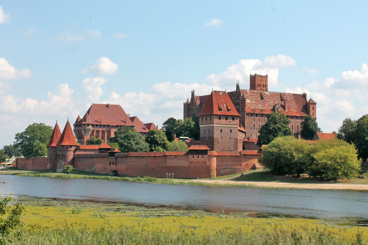 Taxi Gdansk to castle Malbork