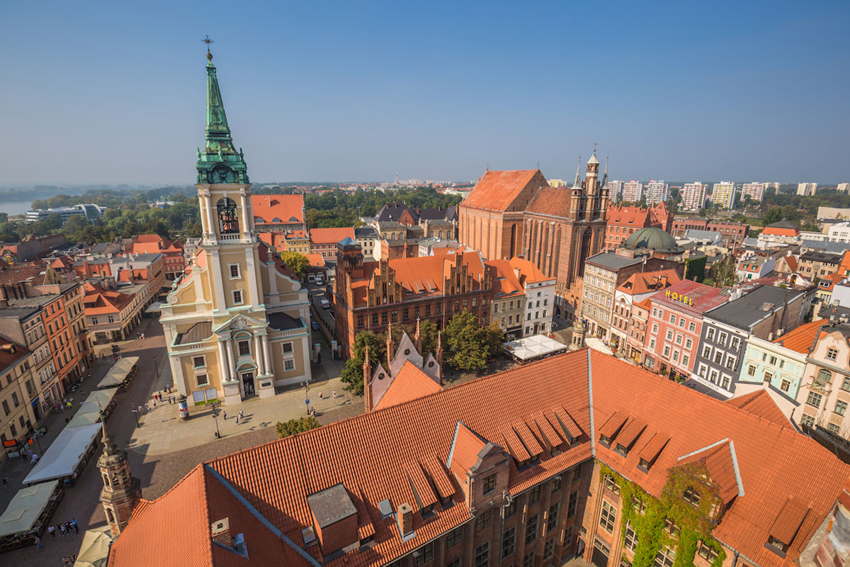 VIP and chauffeur services to Torun