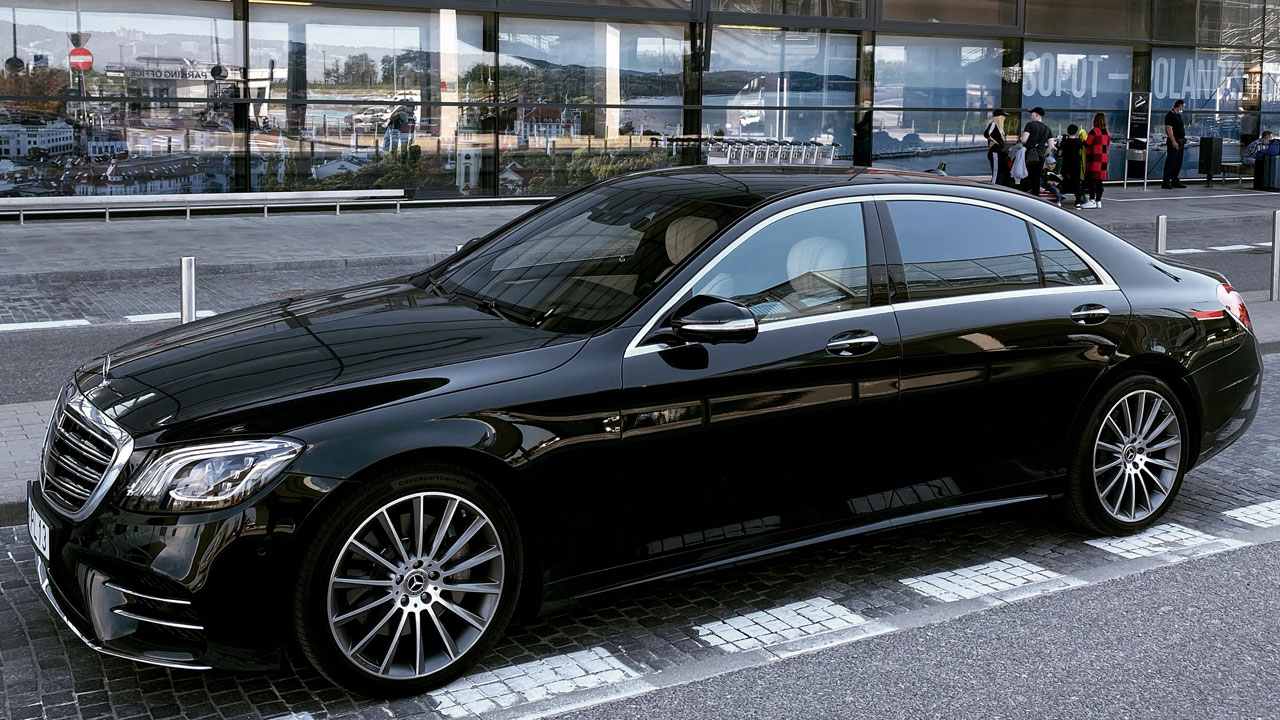 VIP and limousine services Airport Gdansk Poland Mercedes S Class w222 Long