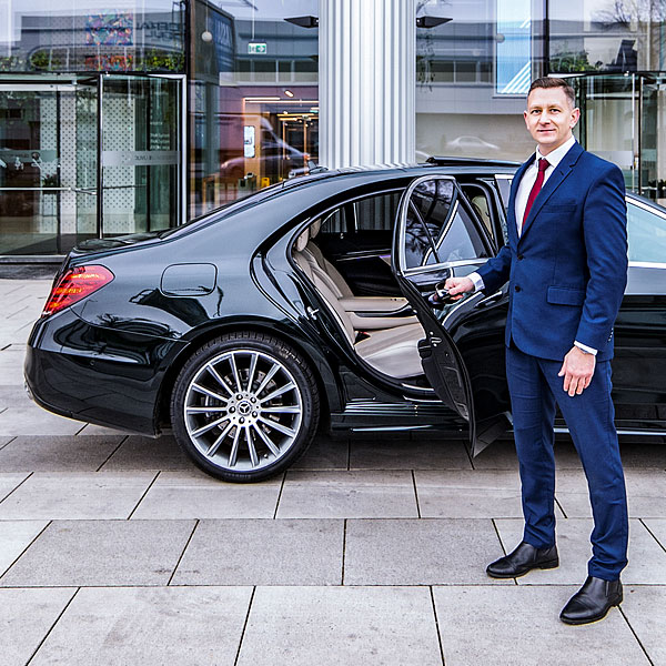 Gdansk airport Transfers with a professional chauffeur